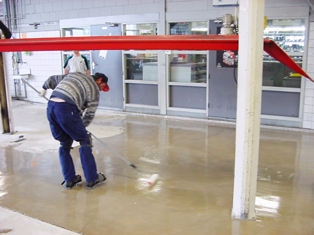 Polyurethane floor paint for special high performance